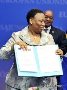 South African Basic Education Minister Angie Motshekga with President Jacob Zuma at the European Union headquarters in Brussels. Photo: AFP/Georges Gobet
