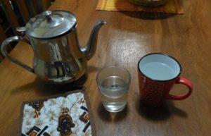 """Rien ne prouve que l'eau chaude """"est efficace à 100 %"""" pour guérir plusieurs maladies. (Photo : Coumba Sylla)"""