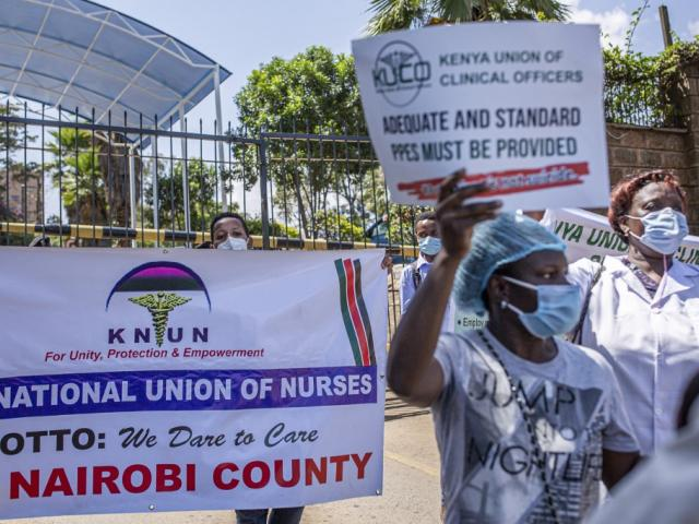 Kenya healthworkers on strike